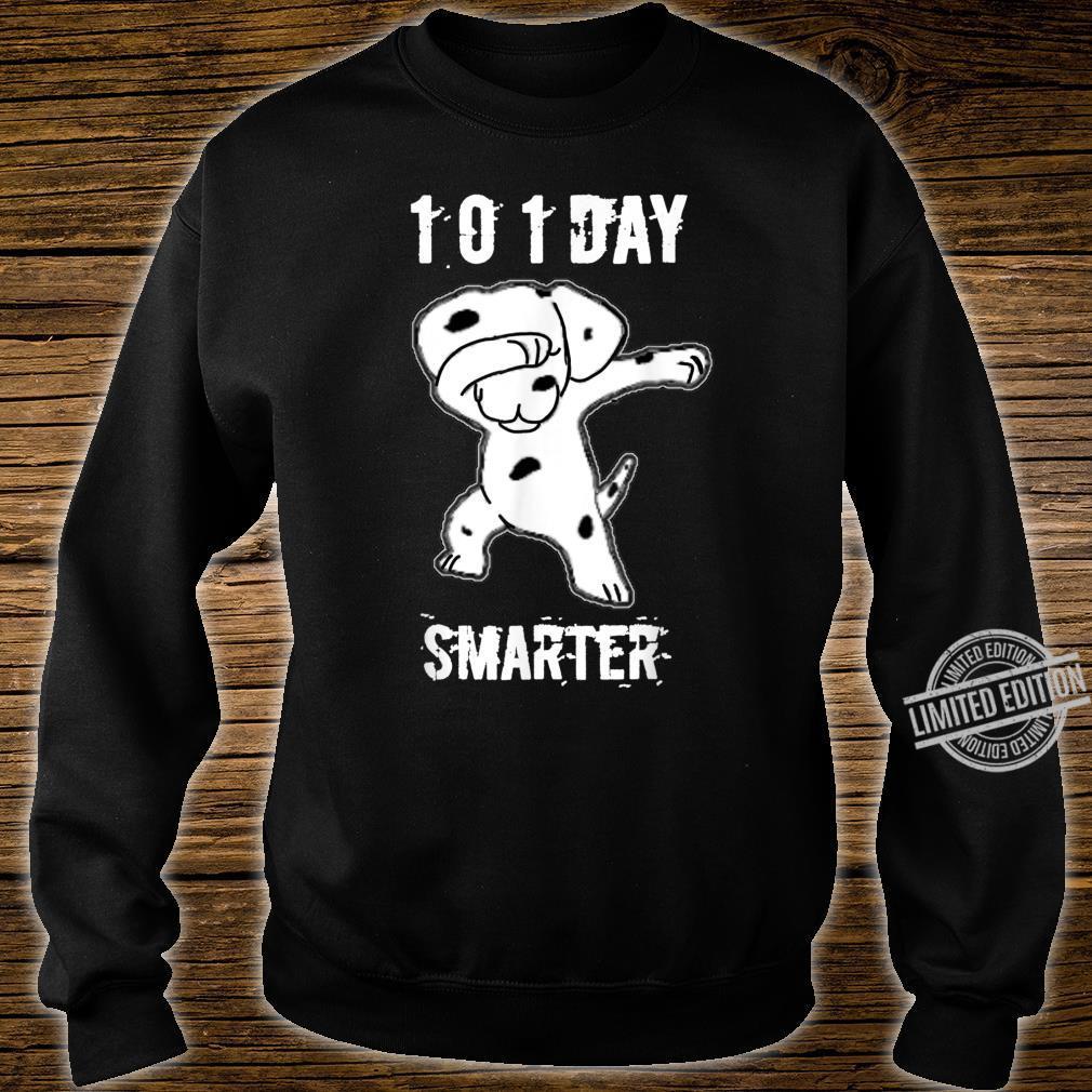 101 Days Smarter Dabbing dog Cute idea for Students Shirt sweater