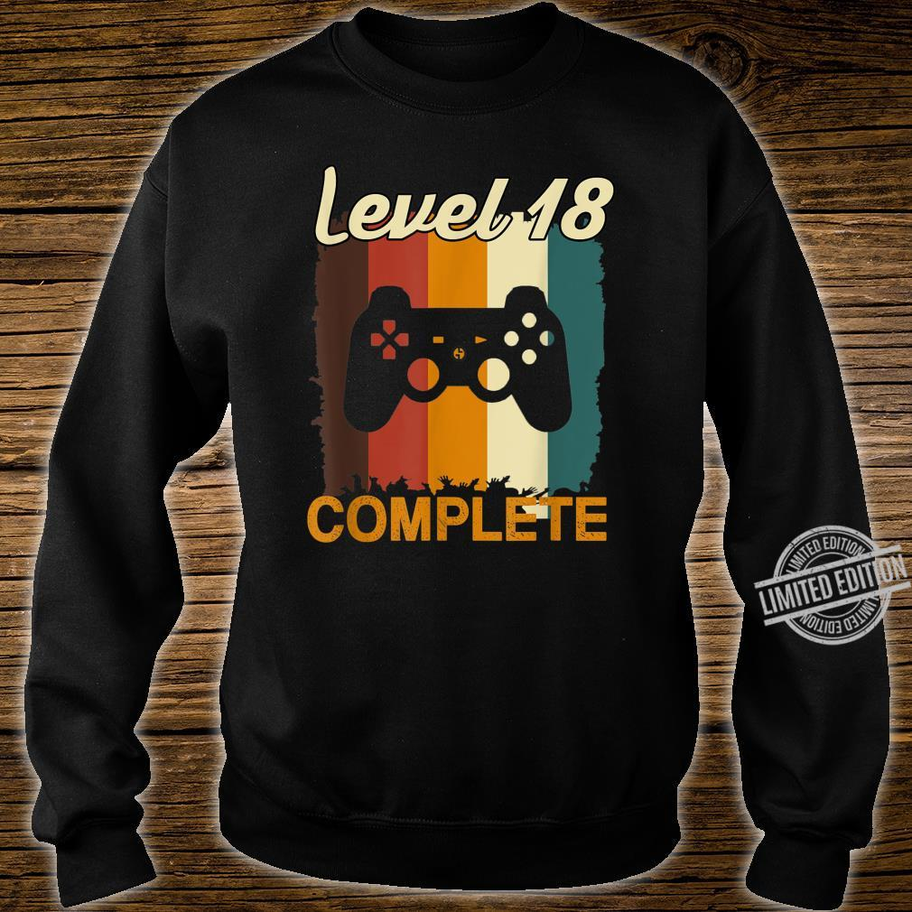 18th Birthday Vintage Retro Level 18 Completed Gamer Shirt sweater
