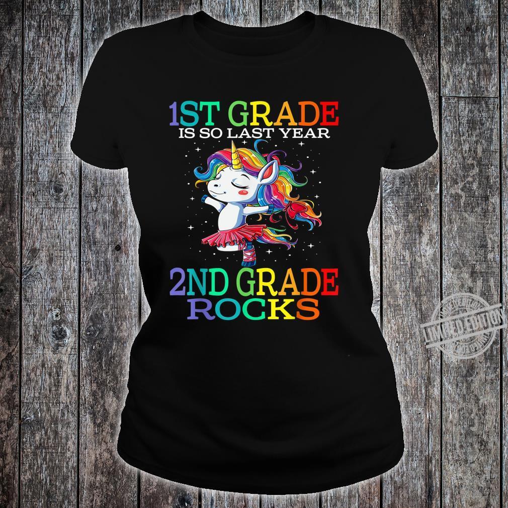 1st Grade Is So Last Year 2nd Grade Rocks Unicorn Shirt ladies tee