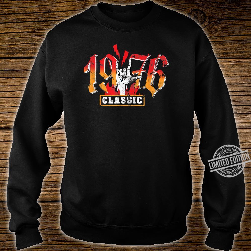 44th birthday vintage 1976 Classic Metalhand Shirt sweater