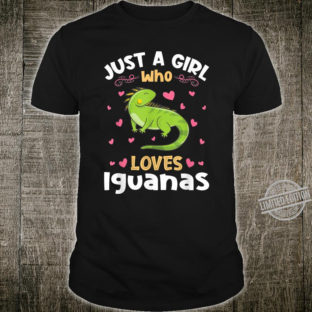 Just a Girl who loves Iguanas Shirt