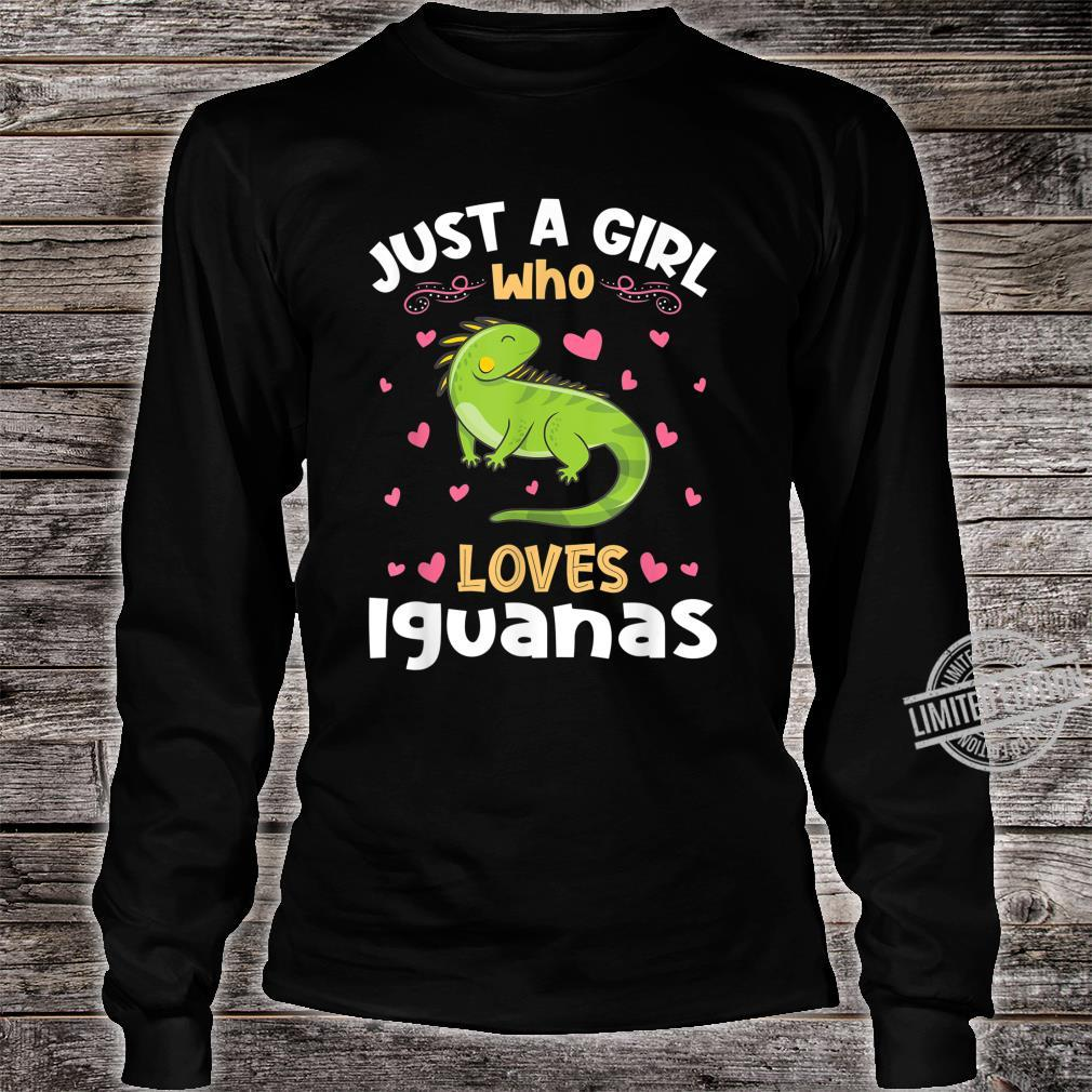 Just a Girl who loves Iguanas Shirt long sleeved