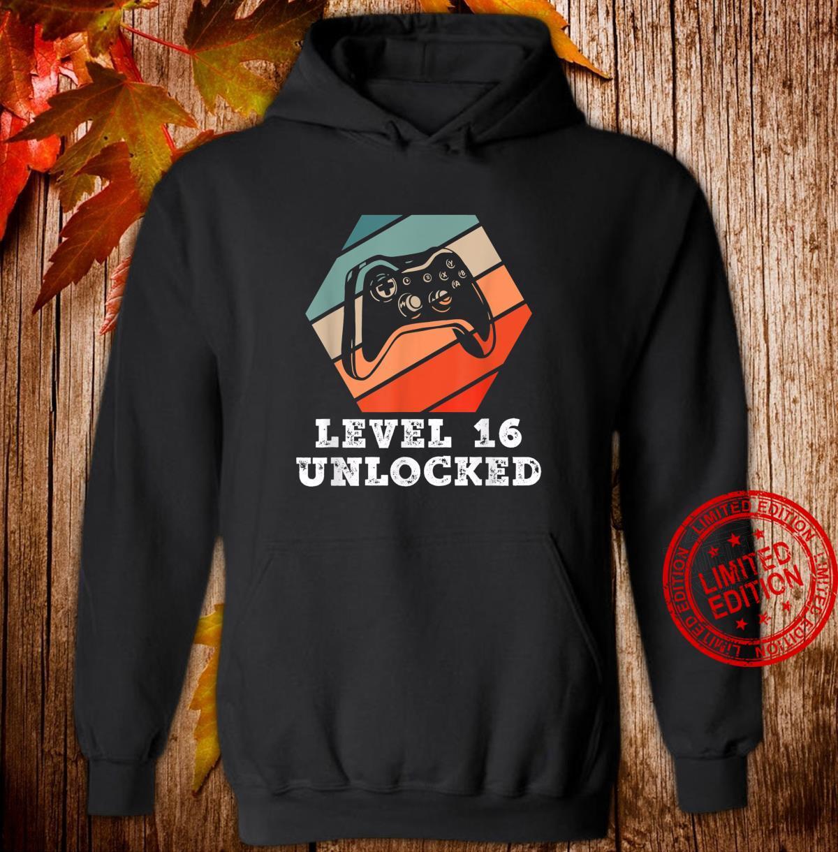 Level 16 Unlocked Retro Geburtstagsgeschenk für Gamer Boy Shirt hoodie